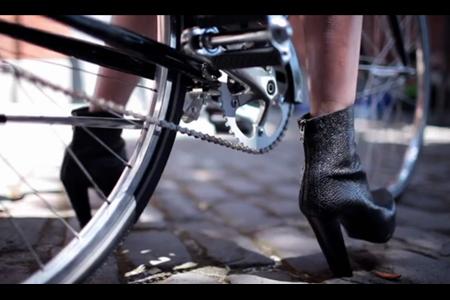 "VLC ♥ ""Girls On Bikes"""