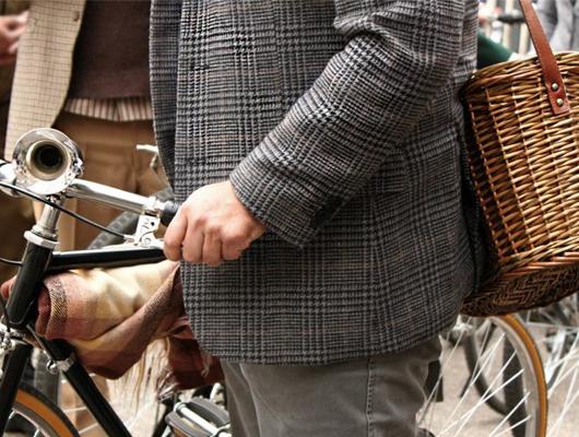 Tweed Run Santiago: los ciclistas chilenos se vistieron de pantalón bombacho y traje de lana