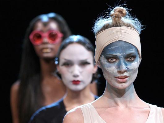 QVC Facewalk: desfile de maquillajes