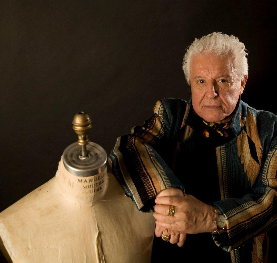 Manuel Cuevas, el diseñador mexicano de los iconos musicales
