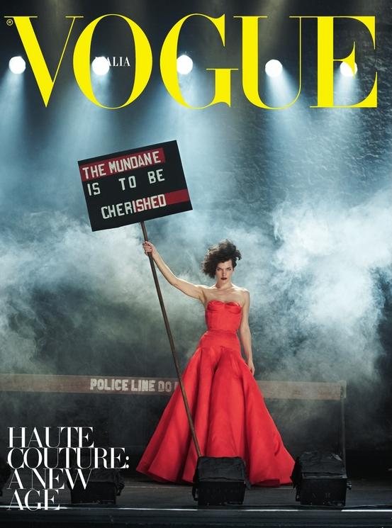 Milla Jovovich para Vogue Italia por Peter Lindbergh