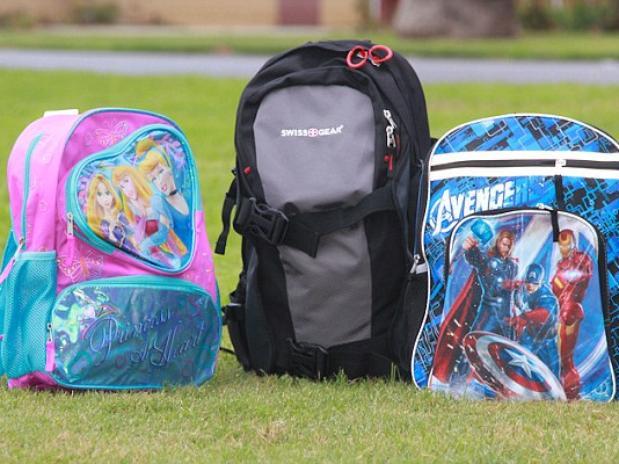 Aumentan las ventas de mochilas antibalas para niños en EE.UU