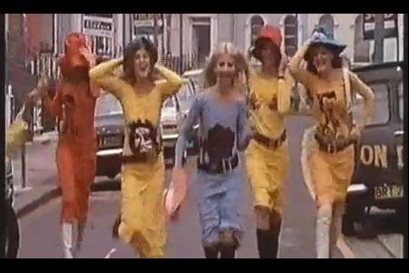 VLC ♥ La Panthere Cosmique + 1970 Mr. Freedom Fashion