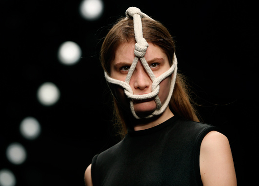 Central Saint Martins muestra el talento de sus alumnos en el marco de London Fashion Week
