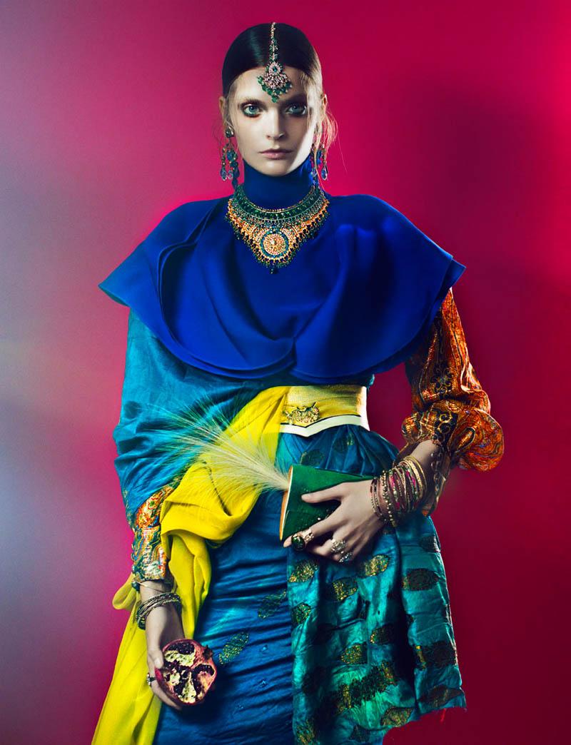 Gertrud Hegelund por Signe Vilstrup para French Revue de Modes #22