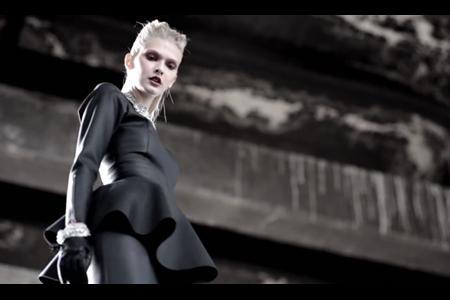 VLC ♥ Black Leather por Matías Hernán