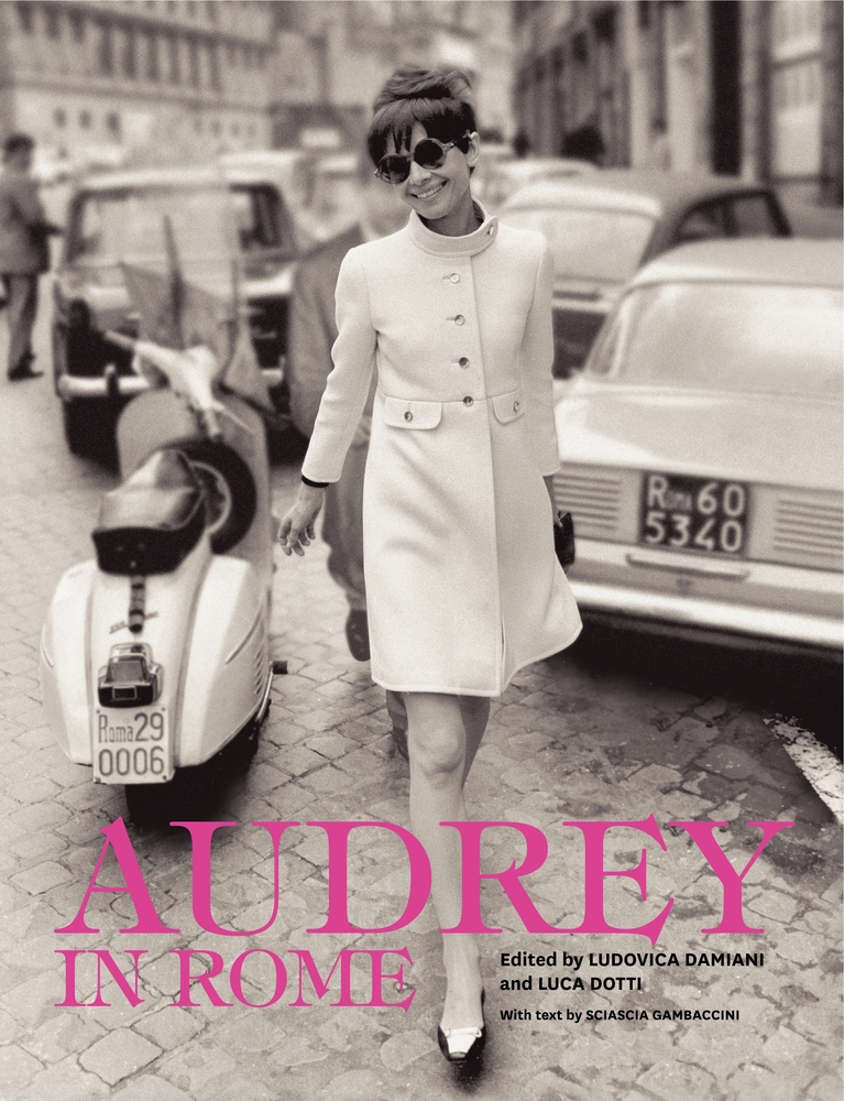 """""""Audrey in Rome"""", crónicas visuales de un icono en Italia"""