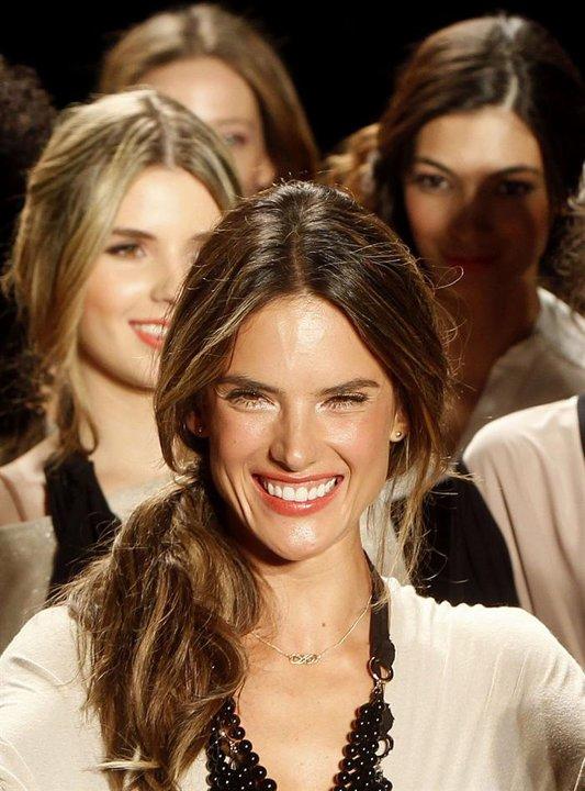 Alessandra Ambrosio: la modelo estrella de ColombiaModa 2013