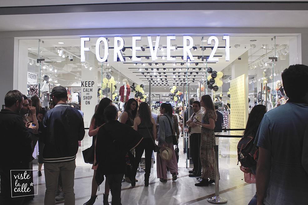 Forever 21 inaugura su primera tienda en Chile