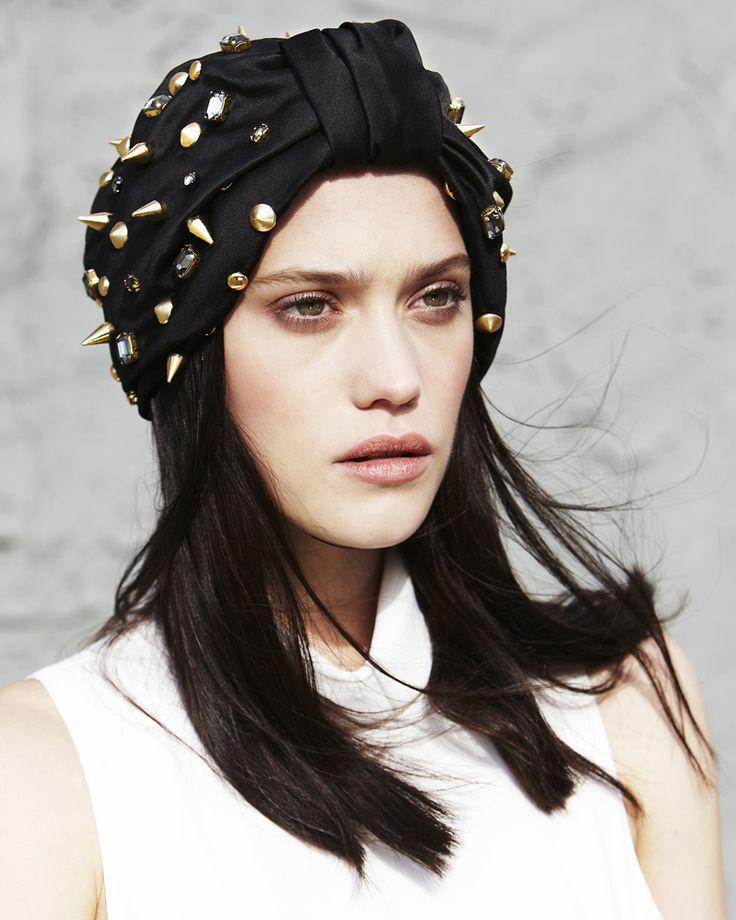 Los cintillos, tocados y turbantes de Jennifer Behr