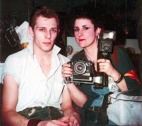 Jenny Lens, la fotógrafa del punk