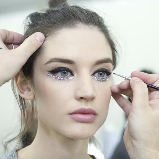 El maquillaje otoño-invierno de París Fashion Week Alta Costura