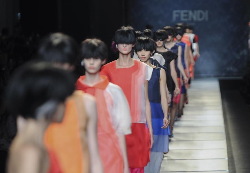 """VLC ♥ Fendi y su documental """"Inside The Mothership"""""""