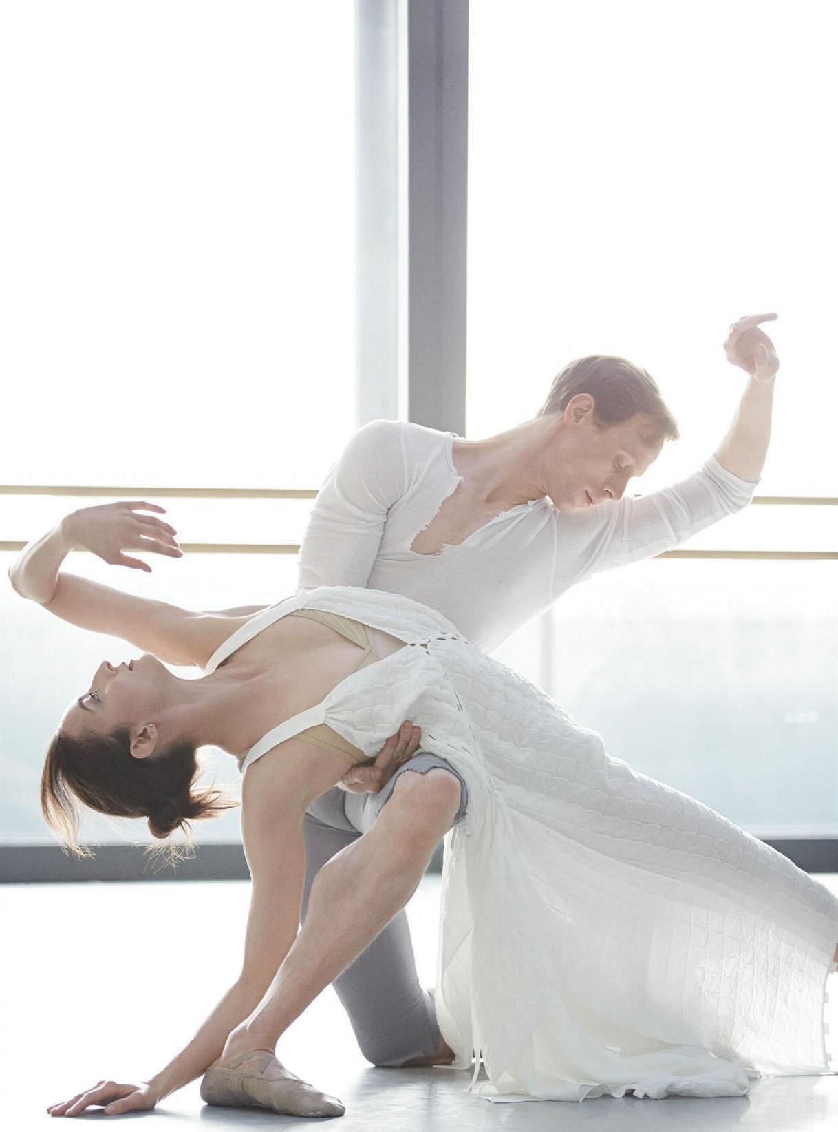 El Royal Ballet de Gran Bretaña en una editorial de moda, 2014