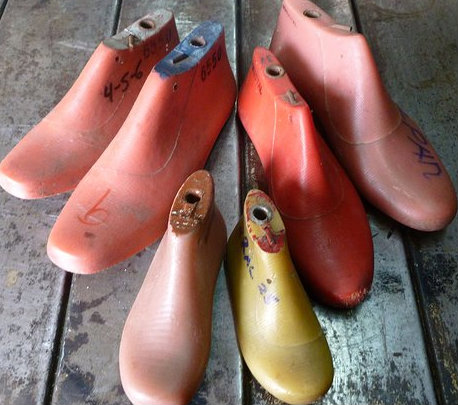 Suelería Don Lalo – Máquinas de calzado