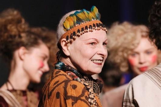 La última protesta de Vivienne Westwood: rapar su cabellera por el cambio climático