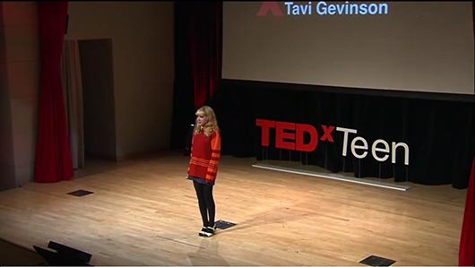La charla TED de Tavi Gevinson: solo una adolescente tratando de entenderlo