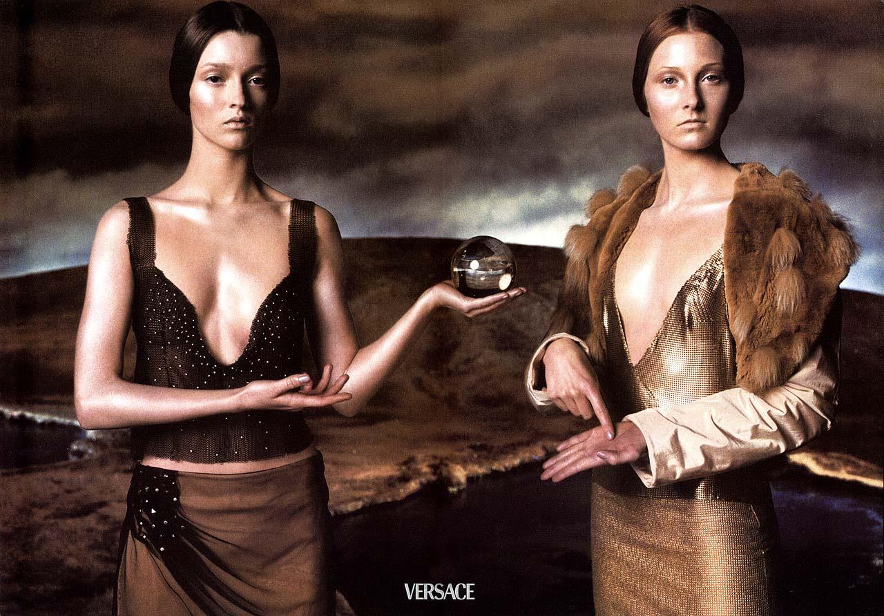 Flashback: La campaña artística de Versace, 1998