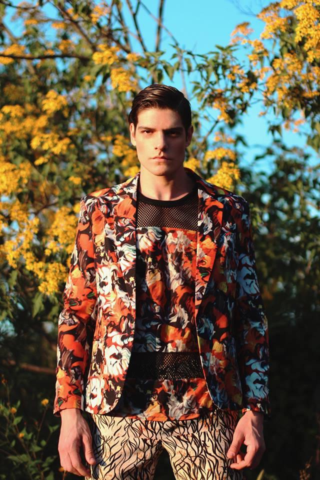 """Entrevista a Paulo Succar, diseñador mexicano: """"Mi aporte es el desarrollo de textiles y estampados balanceados"""""""