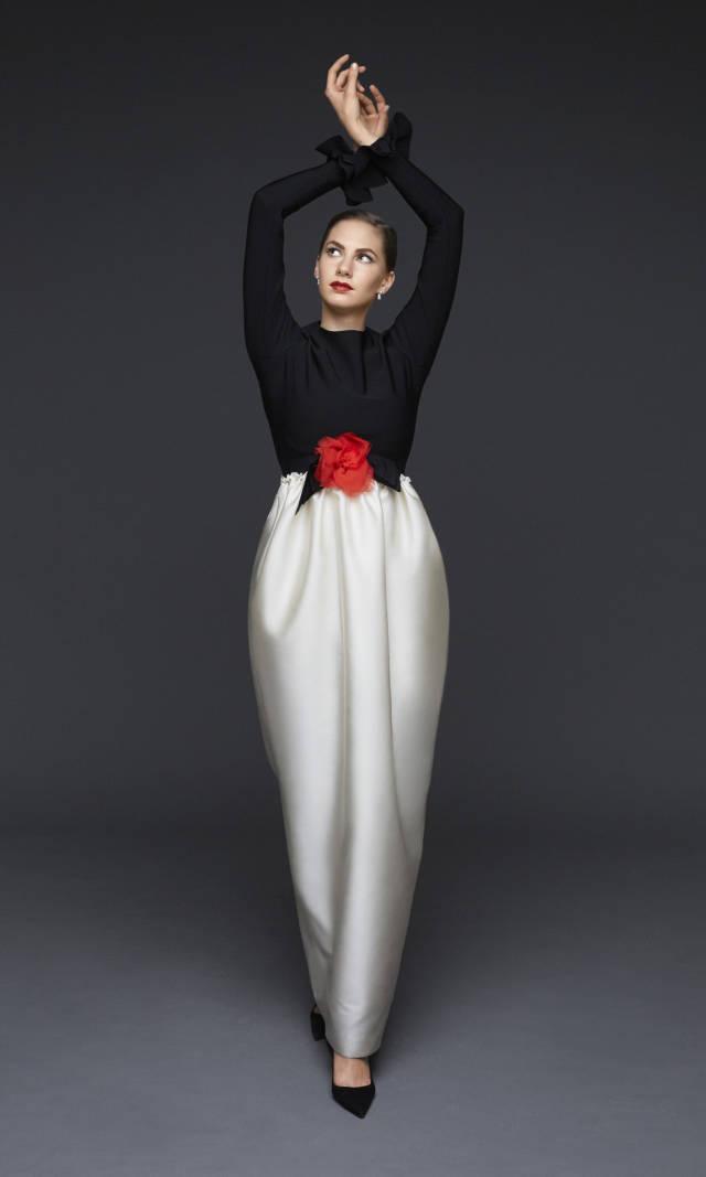 Emma Ferrer: La nieta de Audrey Hepburn debuta imitando a su abuela
