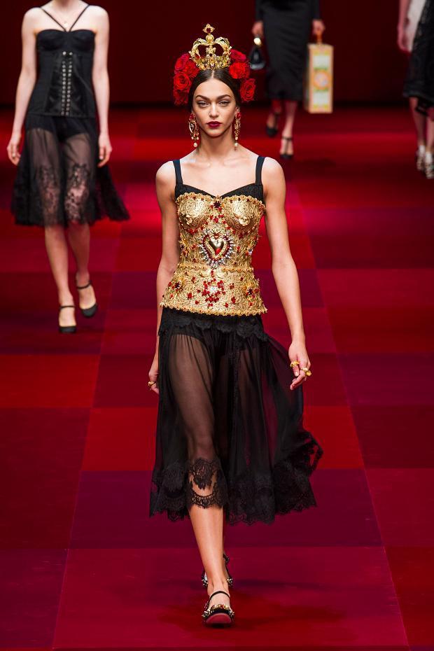 Dolce & Gabbana y su colección inspirada en la Sicilia española, en Milán Fashion Week SS 2015