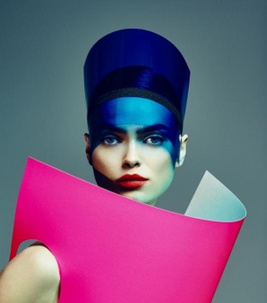 El futuro de la moda es ahora: la exhibición que recupera el rol de la moda en la sociedad