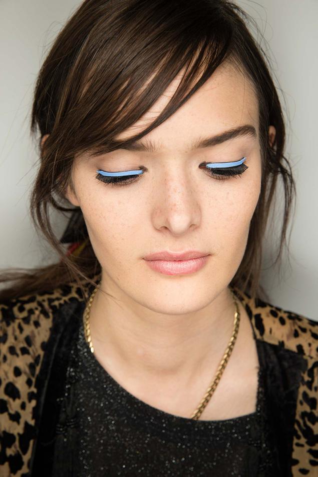 Delineador de Ojos Adhesivo: la nueva apuesta del maquillaje