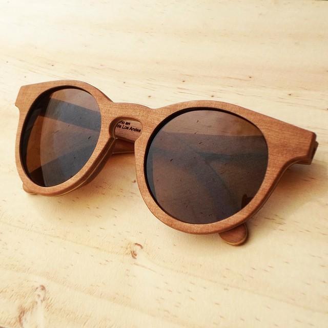 Leña Eyewear – Lentes de madera hechos a mano