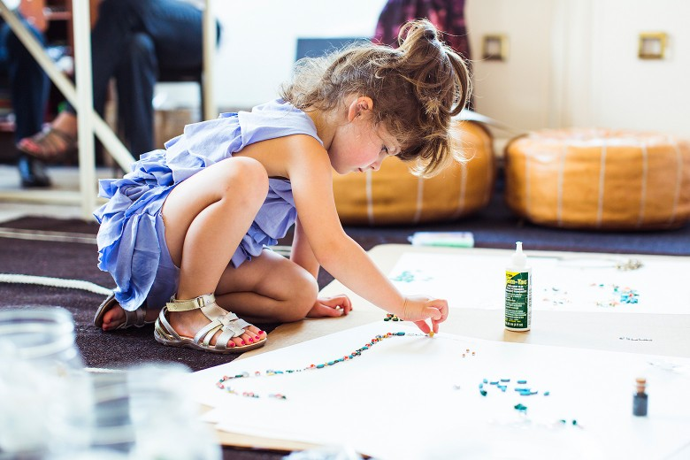 Mayhem, la niña de 4 años que replicaba vestidos en Instagram ahora diseñará para J. Crew