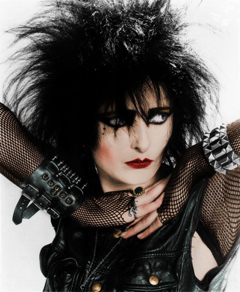 El inconfundible estilo gótico de Siouxsie Sioux