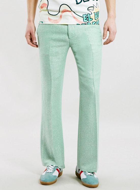 Pantalones acampanados para hombre, ¿próxima tendencia masculina?