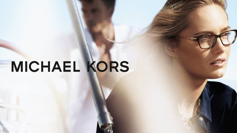 GMO trae a Chile la línea de anteojos Michael Kors