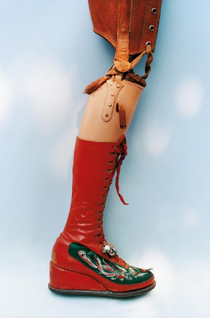 FRIDA: la primera exposición que revela las prendas y accesorios originales de Frida Kahlo