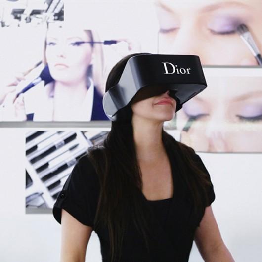 'Dior Eyes': Los lentes 3D que permiten conocer el mundo existente tras pasarelas