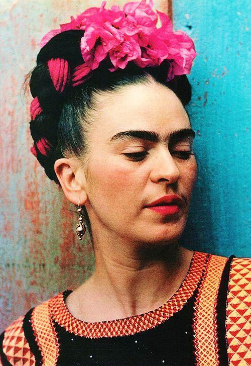 Agenda: Venta de autores Valparaíso+Santiago, el baño de Frida en el GAM y Encuentro Latinoamericano de Diseño de la Universidad de Palermo