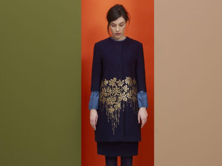 Femineidad hecha a mano: La ropa de la italiana Anna Sammarone