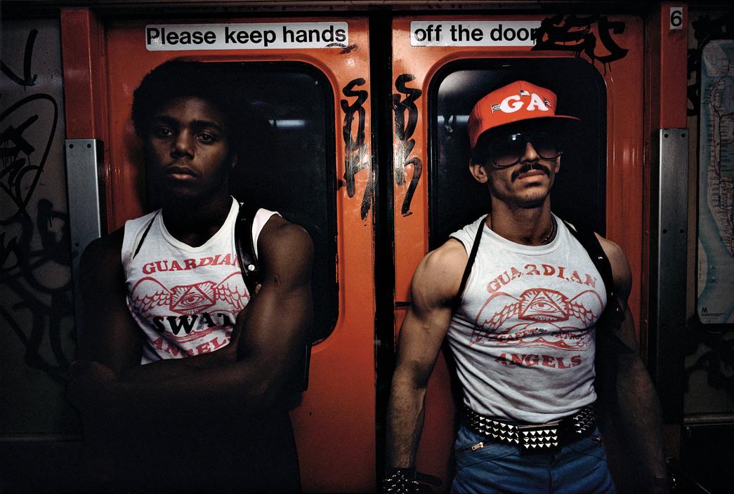 """""""Subway"""" de Bruce Davidson, una mirada visual al estilo urbano de los metros"""