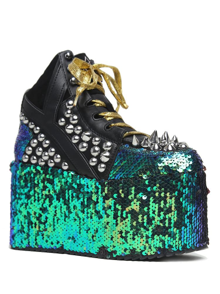 YRU: Zapatos veganos con un toque de locura