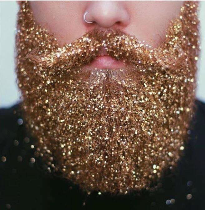 El reinado del glitter: ahora llega a las barbas