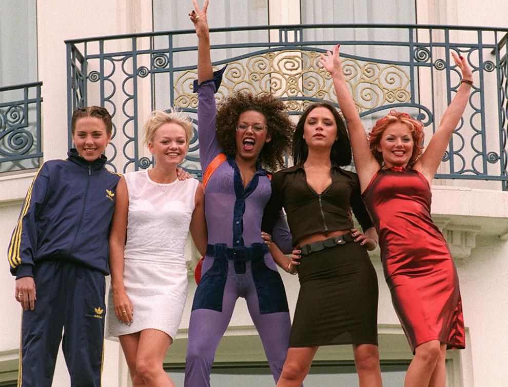 """Los mejores outfits de las Spice Girls a 20 años del lanzamiento de """"Spice"""""""
