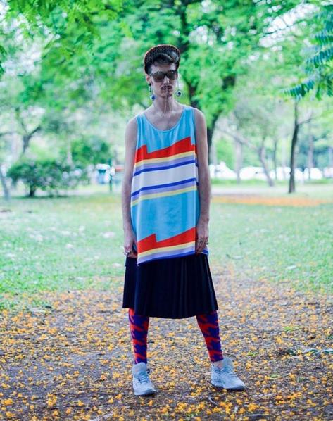"""Leandro Dário, multiartista brasileño: """"Lo que me interesa, más que la ropa, es la imagen de moda"""""""