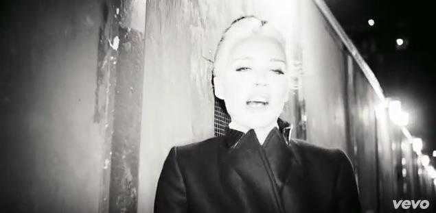 VLC ♥ The long now de Daphne Guinness