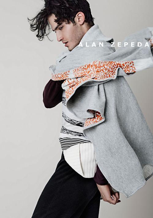 Desde México: Alan Zepeda, diseñador de drapeados y piezas únicas