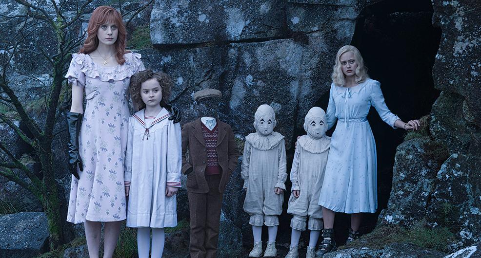El vestuario en Miss Peregrine's Home For Peculiar Children, la nueva película de Tim Burton de la que todos están hablando
