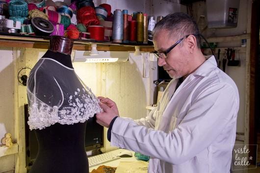 Talleres de Moda: Visitamos el espacio de creación del diseñador teatral Marco Jerez