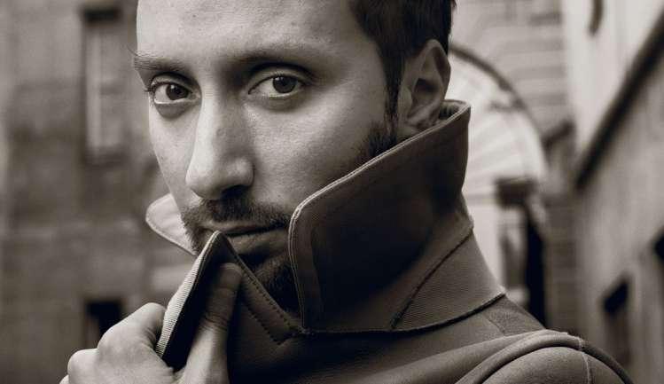 ¿Quién es Anthony Vaccarello, el nuevo diseñador de Saint Laurent?