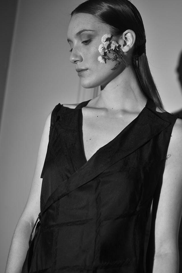 Buenos Aires Fashion Week inicia con el romanticismo y feminidad de Juan Hernández Daels