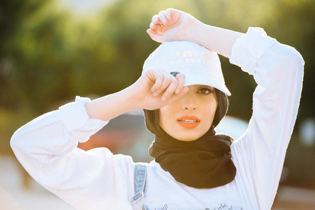 Esta es la historia de la primera musulmana en posar con velo para Playboy