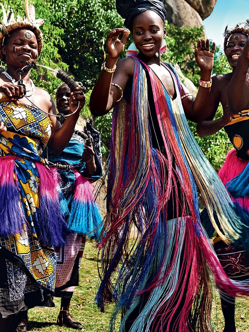 Lupita Nyong'o y sus raíces africanas retratadas por Mario Testino
