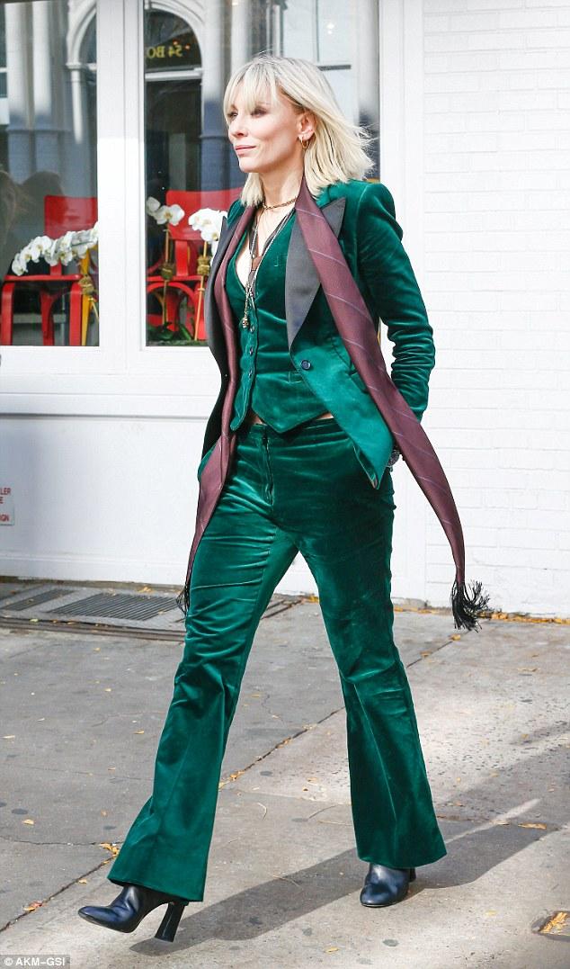 """El estilo glam de Cate Blanchett en el set de """"Ocean's Eight"""""""